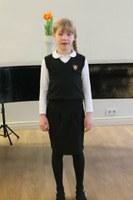 2.T klassi õpilane Katariina Petermann esines tublilt Tallinna laste luulepäeval 1.-2. klassi õpilastele