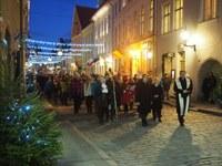 Püha Nikolause päeval, 6. detsembril avati Tallinna vanalinnas jõulusõimede näitus